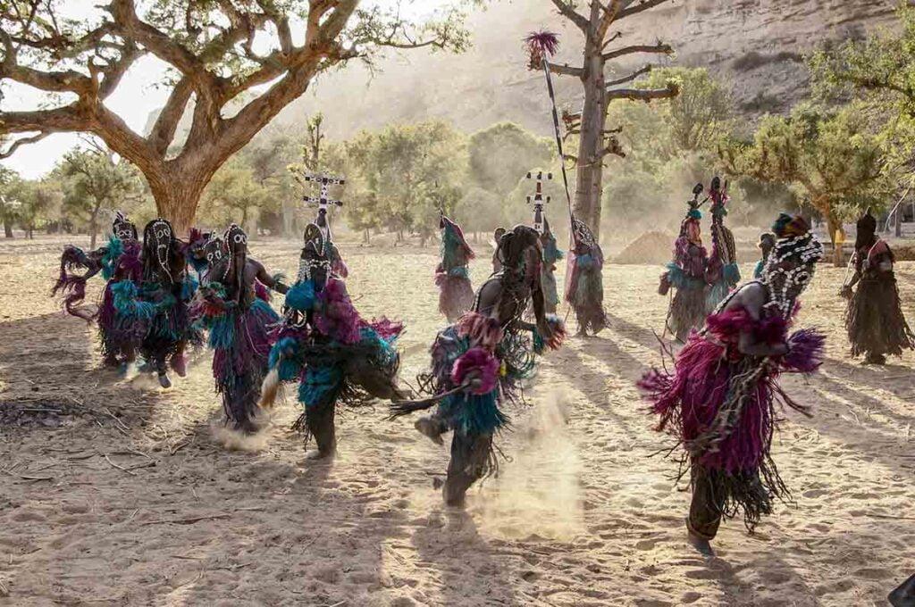 immagini danza dogon